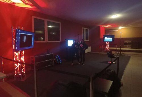 Impreza/event firmowy z użyciem stanowisk z wirtualną rzeczywistością Oculus Rift i HTC VIVE.